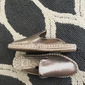DV by Dolce Vita Shoes - Women's dv Elaine Espadrilles Mules - Rosegold